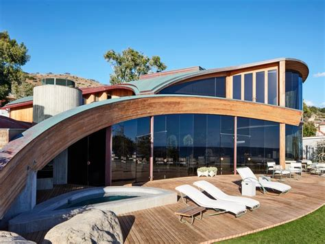 houses in malibu a john lautner beach house in malibu is revitalized architectural digest