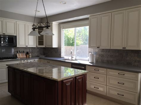 antique white cabinets granite quartz countertops