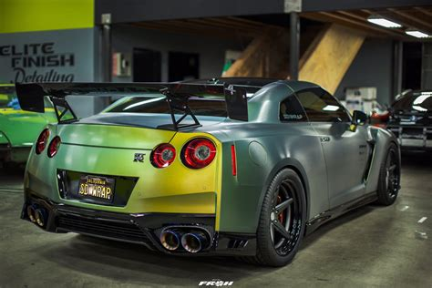 nissan gtr wrapped tanner fox tanner fox s 2017 nissan gt r build sd wrap