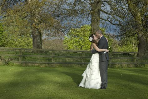 Wedding Photography Professional by Dublin Wedding Photographer Deirdreb Wedding Photography