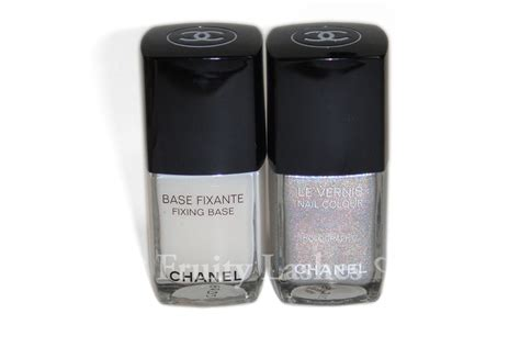 Chanel Duo Platinum Holographic Nail color of the week chanel duo platinum holographic