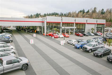 toyota new car dealership toyota dealership new toyota facility kirkland wa