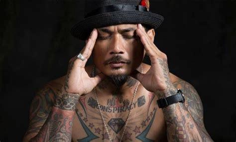 tato bali di punggung jrx sid menyayangkan banyaknya studio tato di bali yang