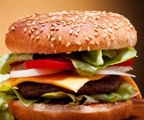 come cucinare gli hamburger come preparare gli hamburger 3 ricette