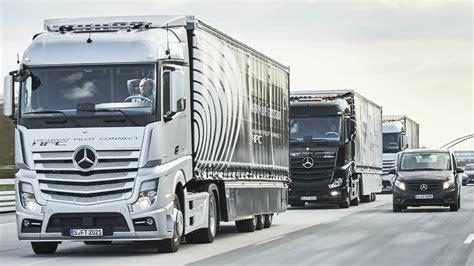 mercedes truck 2017 mercedes trucks highway pilot connect