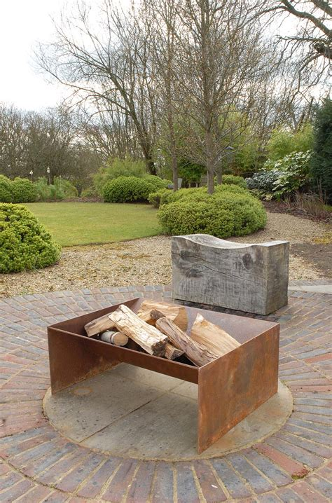 Chunk Fire Pit A More Contemporary Solid Firepit In 5mm Contemporary Firepit