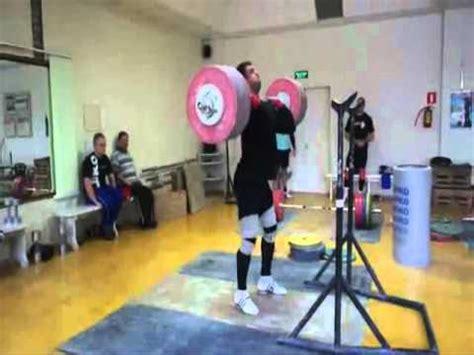 dmitry klokov bench press top 11 muscle building exercises zach even esh