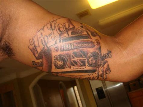 hip hop tattoos boombox hip hop arm tattoomagz
