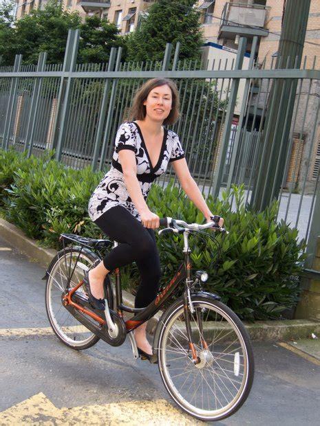 breezer uptown infinity breezer uptown city bike review momentum mag