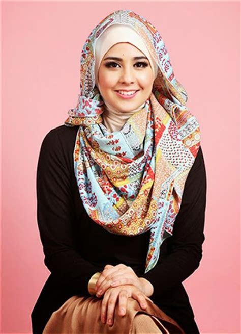 gaya gaya foto terbaru 2017 perempuan incafruehaufcom gaya fashion hijab ala artis terbaru 2017 2018 tutorial