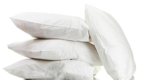 que tipo de almohada es mejor me levanto con dolor de cuello 191 qu 233 tipo de almohada es