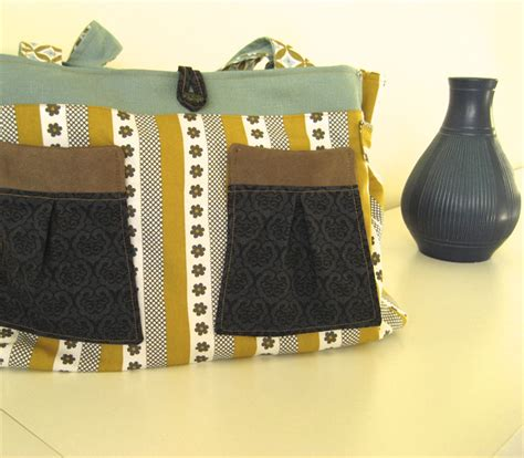 40859 Marked Stripe Mustard Olive And White Handbag With Patterned Pockets