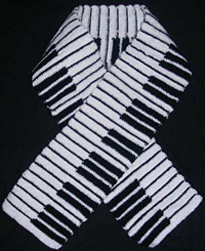 password keystroke pattern piano keyboard crochet knitting scarf free pattern