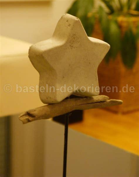 Weihnachtsdeko Aus Holzscheiten 3030 by Weihnachtsdeko Aus Holzscheiten 1000 Ideen Zu Kerzenst
