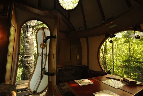 Joel Allen by 10 Epic Treehouses Cooler Than Your Apartment