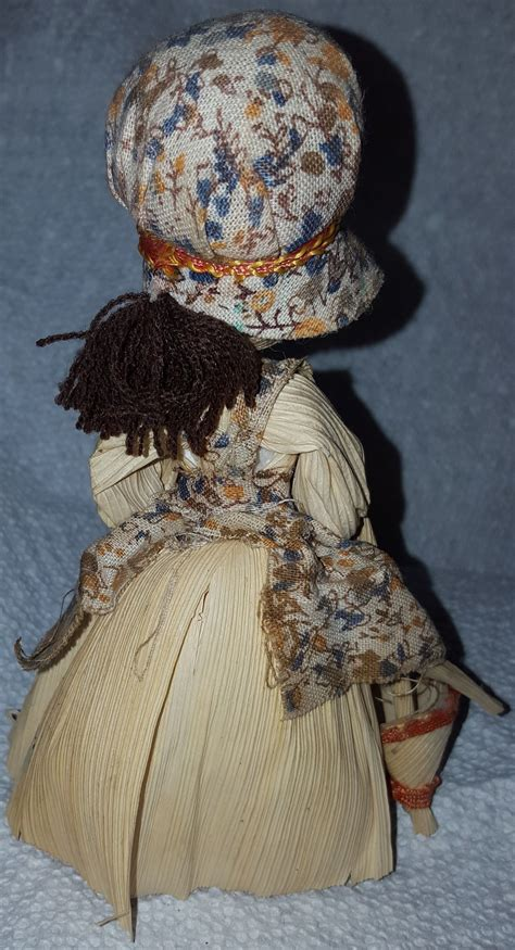 vintage corn husk doll vintage corn husk doll 6 1 8 bonnet matching
