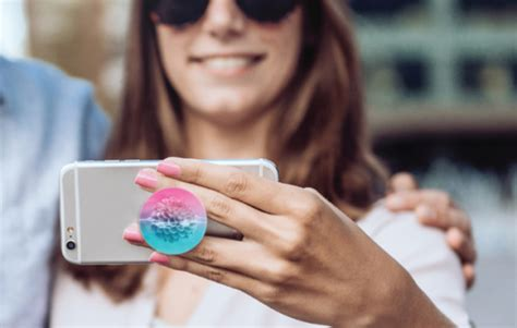 We Soket Popsocket Popsocket what s a popsocket and why it s a must vita perfetta