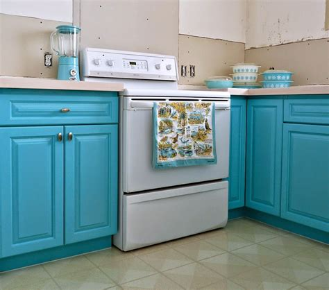 turquoise cabinets kitchen kitchen progress turquoise cabinets check dans le