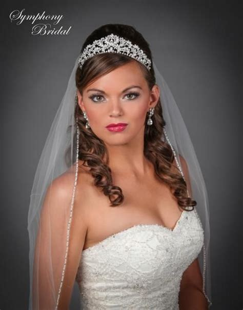 Wedding Hairstyles With Tiara And Veil Pictures by Wedding Hair Tiara And Veil Vizitmir