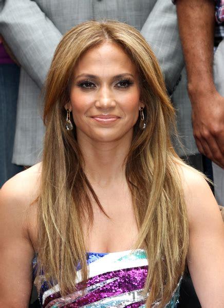 hairstyles with center part and layers jennifer lopez long straight hairstyle