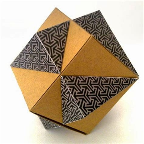 Papercraft Gift Box - papercraft intersecting cubes gift box