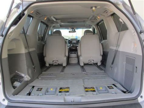 sienna reclining seats sell used 2013 toyota sienna limited awd nav rear dvd