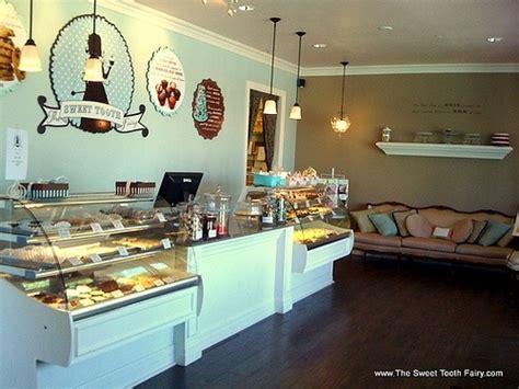 bizzy oven mitt bakery bakery interiors