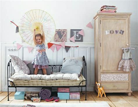 Lit Fer Forgé Fille by L Armoire Enfant En 54 Photos Qui Va Vous Inspirer