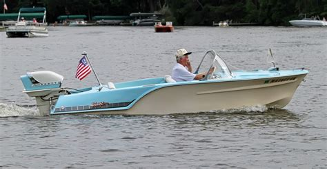 classic powercat boats 1960 mcculloch flying scott 60 hp 3 cylinder outboard