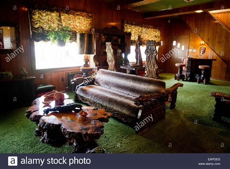 Home Decor In Memphis Tn by The Jungle Room Graceland Memphis Tennessee Stock Photo