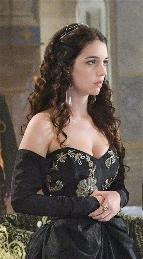 reign tv show hair styles 111 best images about reign dresses on pinterest