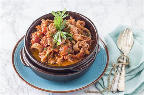 cucina siciliana pesce ricetta calamari in tegame cucina siciliana agrodolce