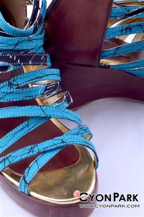 Sepatu Batik Coklat 3 sepatu batik nan cantik butik shop tas pesta belt