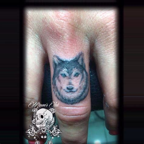 henna tattoo kuta wolf finger done at s ink kuta bali indonesia