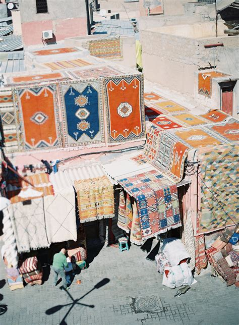 rug vendors market rug vendors in morocco entouriste