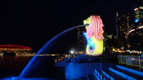 Souvenir Dari Singapore Berbentuk Pajangan Merlion wisata murah meriah di merlion park singapura patung