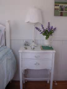 Decorating Ideas For Nightstands Magnificent Cheap Nightstands Decorating Ideas For Bedroom