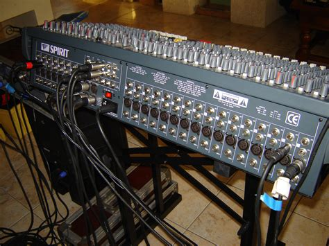 Mixer Soundcraft Spirit Lx7 24 Cnl soundcraft spirit lx7 24 image 402545 audiofanzine