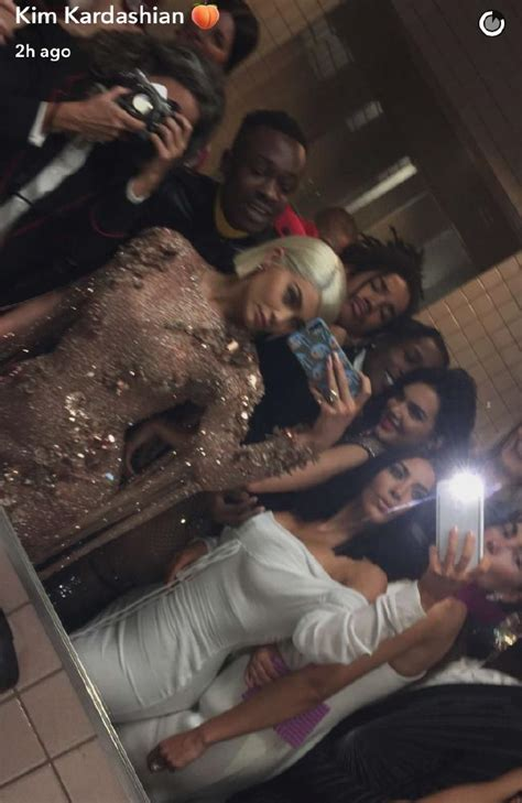Kendall Jenner Bathroom by Kendall Jenner Asap Rocky Model And Rapper On