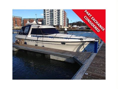 nimbus boat cushions nimbus 3003 in suffolk power boats used 54565 inautia