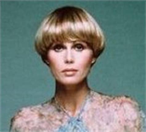 joanna lumley hairstyle ciaran brown meets actress joanna lumley star of