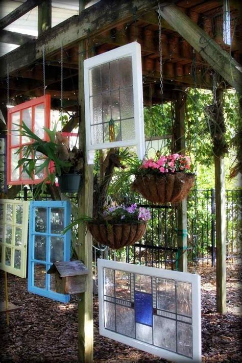 Herbst Deko Altes Fenster by Gartendeko Aus Alten Fenstern Mit Bunt Gestrichenen Rahmen