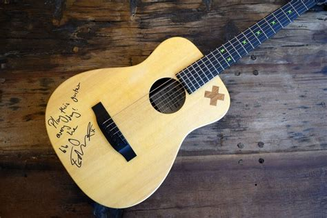 ed sheeran guitar charitybuzz ed sheeran signed quot x ed sheeran signature