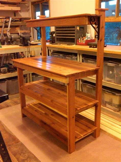 build your own potting bench potting bench a real beauty if i had a hammer