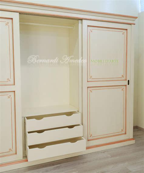 armadio con cassettiera interna armadi ante scorrevoli laccati armadi