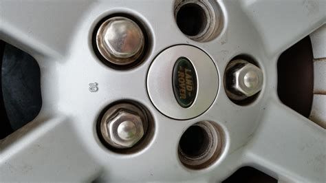 land rover lug nuts lug nuts land rover forums land rover