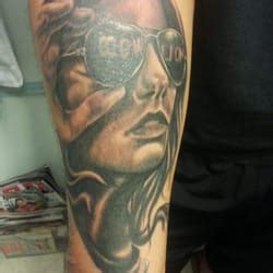 smokin guns tattoo smokin guns 22 photos 6109 yadkin rd