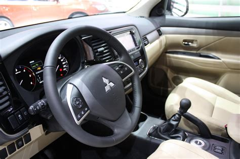 2013 mitsubishi outlander interior 2013 mitsubishi outlander interior imgkid com the