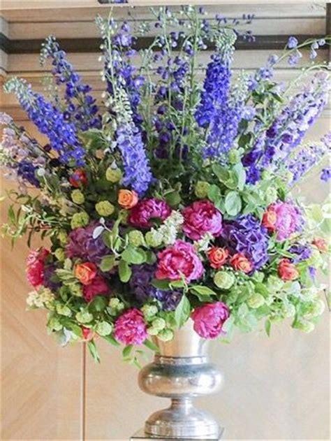 Large Wedding Flowers by 25 Best Ideas About Large Floral Arrangements On