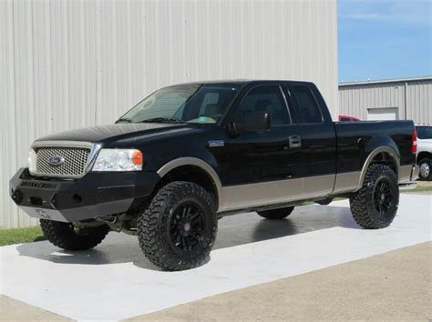 2004 Ford F 150 Lariat 5.4 LIFTED BUMPER WHEELS TIRES 4X4